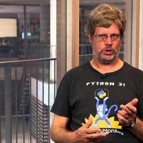 Python là gì? Tại sao nên học ngôn ngữ lập trình Python