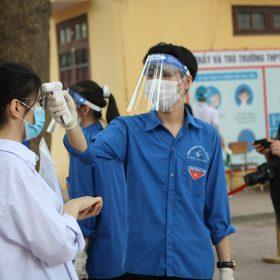 Giữa dịch bệnh căng thẳng thì thi tốt nghiệp THPT đợt 2 tại Hà Nội và TpHCM sẽ như thế nào?