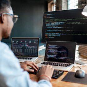 Học lập trình có khó không?